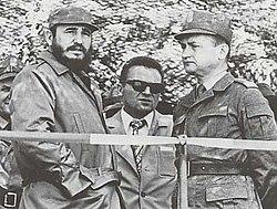 Jaruzelski (right, in uniform) with Fidel Castro in Poland, May 1972