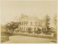 KITLV - 29166 - Victoria Hotel in Singapore - 1860.tif