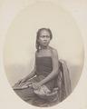 KITLV 4379 - Isidore van Kinsbergen - Gusti Ayu Taman, wife of Rajah of Boeleleng - 1865.tif