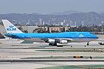 KLM Boeing 747 PH-BFE at LAX (29759507143).jpg
