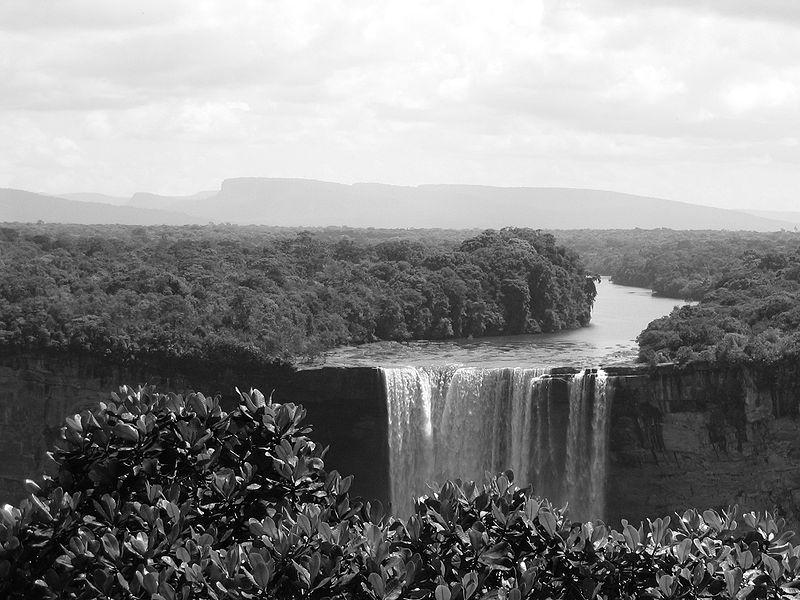 File:Kaieteur Falls.JPG