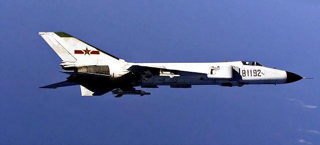 Ouvre boîte Shenyang J-8 II Finback B [Trumpeter 1/48] 640px-KampfflugzeugF-8China-2009-01-04