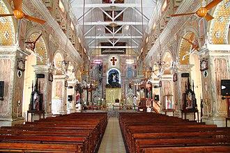 Santa Cruz Cathedral Basilica, Kochi - Inside Santa Cruz Basilica Fort Cochin