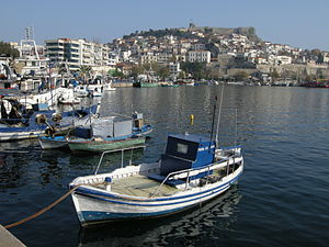 English: The port of Kavala, Greece. Български...