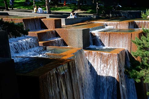 Keller Fountain (Multnomah County, Oregon scenic images) (mulDA0050)
