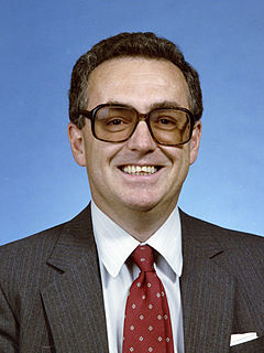 Kenneth O. Hill Canadian physicist