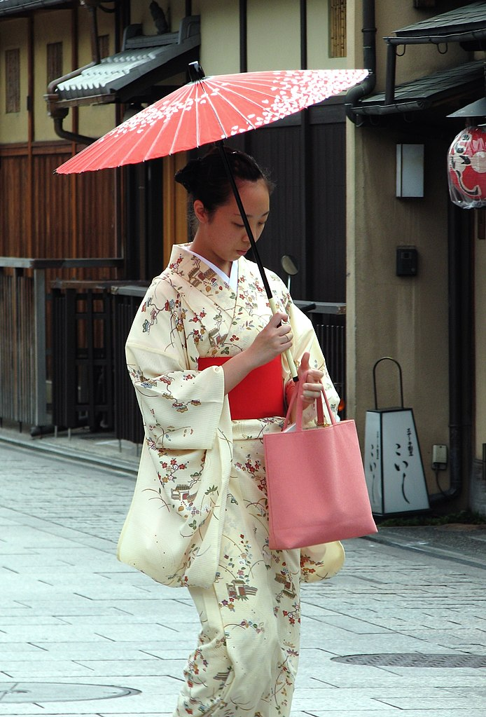dating japanese ladies kimonos yama