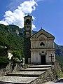 Kirche von Lavertezzo.jpg