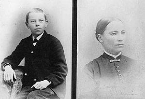 Knute Nelson - Knute Nelson, age 12, and his mother Ingebjørg Haldorsdatter Grotland, c. 1855.