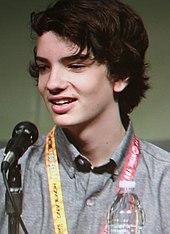 Kodi Smit-McPhee - Wikipedia