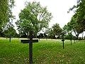 Kriegsgräberstätte Hötzelsroda 07.jpg