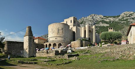 Kruja Castle (by Pudelek).JPG