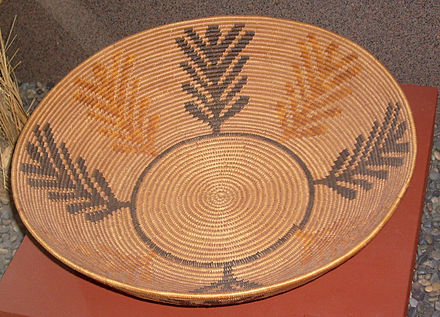 Kumeyaay coiled basket, Celestine Lachapa of Inajo, late 19th century Kumeyaai basket.jpg