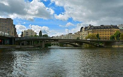Vägbeskrivningar till Kungsbron med kollektivtrafik
