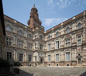 Hôtel d'Assézat - The main courtyard of the Hôtel d'Assézat.