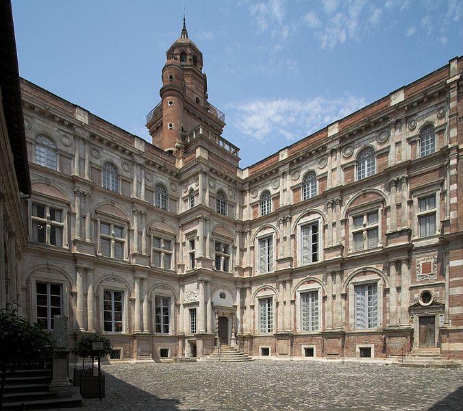 Archivo:L'hôtel d'Assézat Toulouse FRA 001.jpg