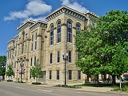 LaSalle County Courthouse (8745757340).jpg