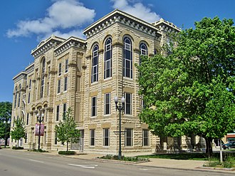 LaSalle County, Illinois - Image: La Salle County Courthouse (8745757340)