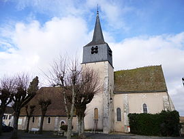 The church in La Chapelle-sur-Aveyron