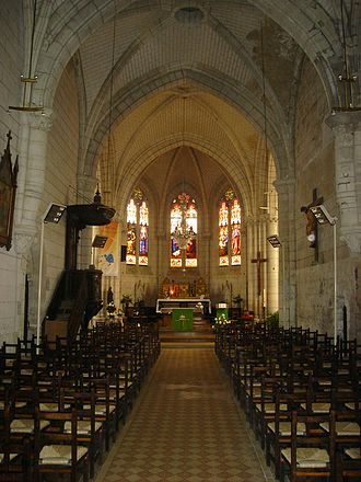 L'Hermenault - The nave in the church of the Nativity of Our Lady
