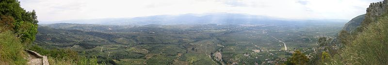 File:Laconia Valley from Mystras panorama.jpg