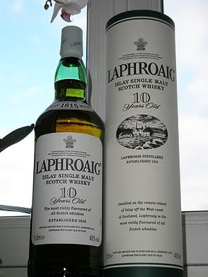 English: bottle of Laphroaig 10 YO