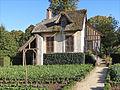 Le hameau de la Reine (Versailles) (8040171523).jpg