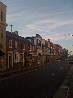 Downtown Leesburg in August 2008