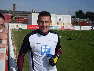 Lenny Pidgeley - Pidgeley on loan at Woking in 2008