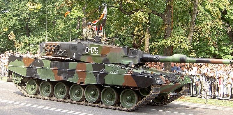 File:Leopard 2 tank.JPG