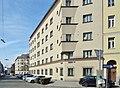Liebknechthof, Böckhgasse 2-4 (02).jpg