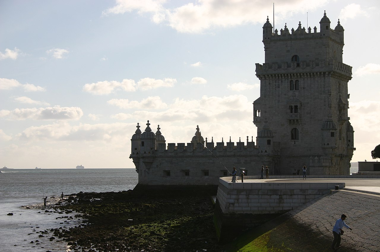1280px-Lisboa_-_Torre_de_Bel%C3%A9m.jpg