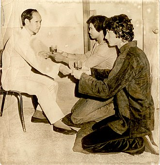 Lo Man Kam (martial artist) - Lo with his first foreign students, in 1975