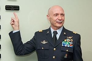 Enzo Vecciarelli - Image: Lt Gen Enzo Vecciarelli, Chief of the Italian Air Force