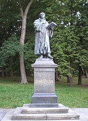 socha Martina Luthera