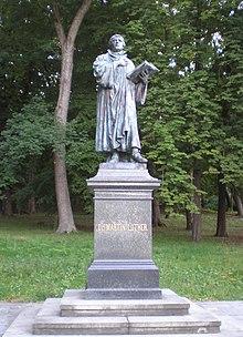 Martin Luther - památník v Aši