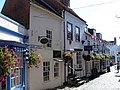 Lymington old hight street - panoramio.jpg