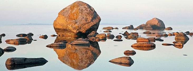 Mähu kivid II (cropped).jpg
