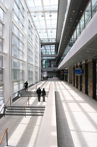 University of Toronto Faculty of Medicine - Interior of the MaRS Discovery District research park facility