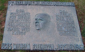 Bretzenheim - Image: Mahnmal Feld des Jammers 2
