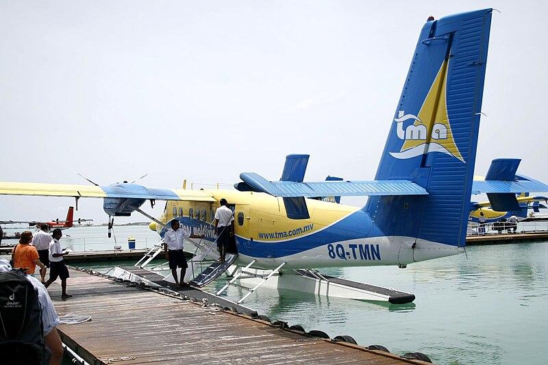 File:Maldives Air Taxi 0574.jpg