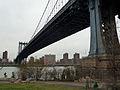 Manhattan Bridge (11653984643).jpg