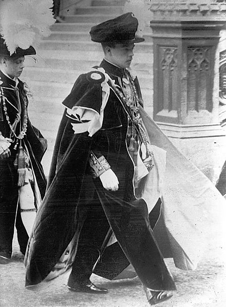 Manuel II in full Garter dress during a 1911 Order of the Garter procession. Manuel II.jpg