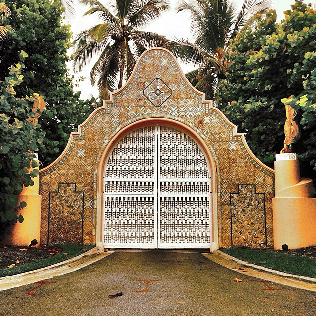 From commons.wikimedia.org: Mar-a-Lago estate gate in Palm Beach, Forida {MID-153498}