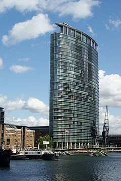 canary wharf london hotels