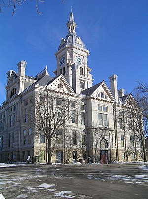 English: Marshall County Courthouse in Marshal...
