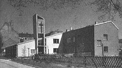 Martin-Luther-Kirche (Gesundbrunnen).JPG