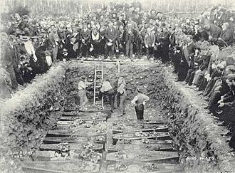 Mass grave - Burial of the victims of Brunner Mine disaster, New Zealand 1896