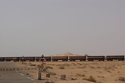 Mauritanie-Transport du minerai de fer.jpg