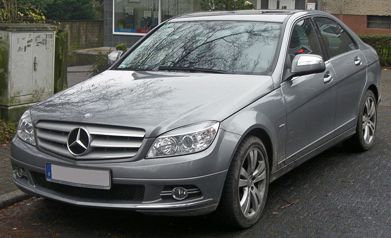 file mercedes c 220 cdi avantgarde w204 seit 2007 front. Black Bedroom Furniture Sets. Home Design Ideas